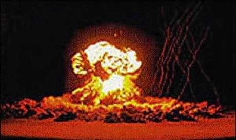 Até 1949, somente os Estados Unidos possuíam bombas atômicas.