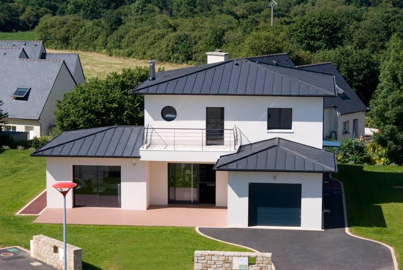 Maison tourelle contemporaine constructeur de maison for Constructeur tours