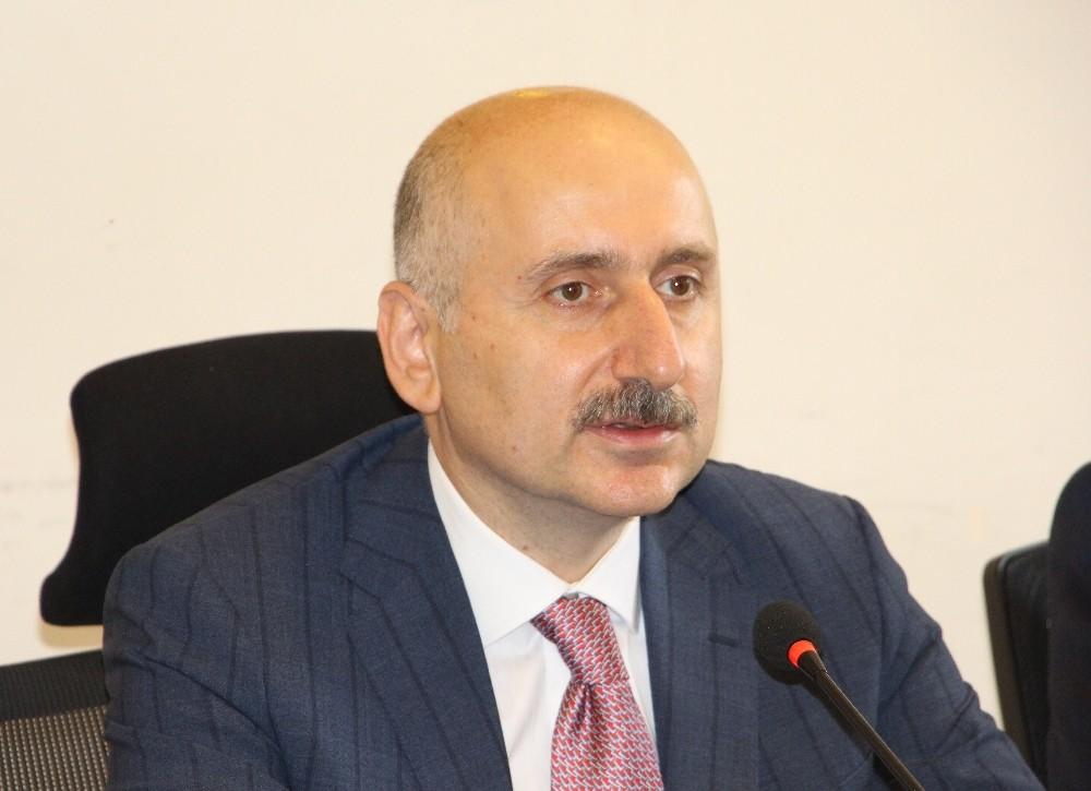 """Bakan Adil Karaismailoğlu: """"Trabzon-Erzincan Demiryolu projesinde fizibilite ve etüt çalışmalarımız devam ediyor"""""""