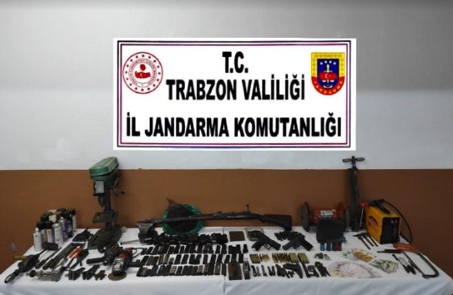 Trabzon'da kaçak silah atölyesine baskın