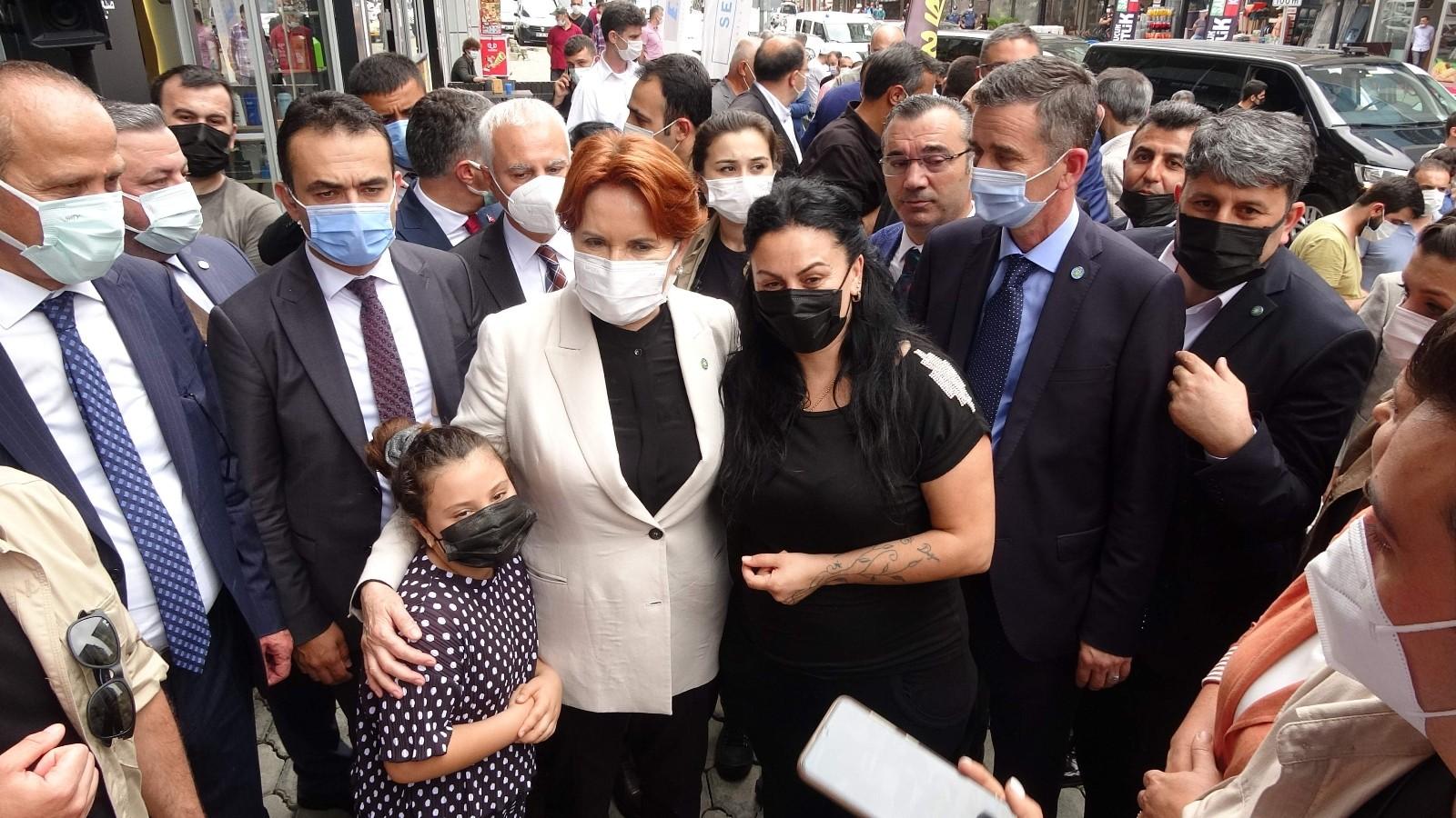 Akşener'den silahlı saldırıya uğrayan Yomra Belediye Başkanı Bıyık'a ziyaret