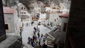 Sümela'yı bir buçuk ayda 80 bin kişi ziyaret etti
