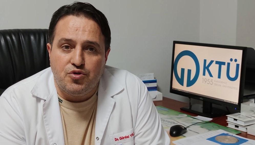 """Prof. Dr. Gürdal Yılmaz: """"Faz3 aşamasında kullandığımız 4 ilaç mevcut; Bu ilaçları kullandığımız hastaların şikâyetlerinin daha hafif seyrettiğini ve daha erken düzeldiğini gözlemledik"""""""
