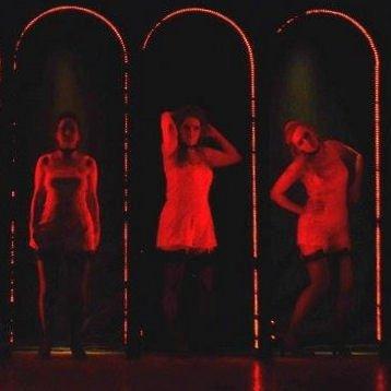Cabaret girls 1