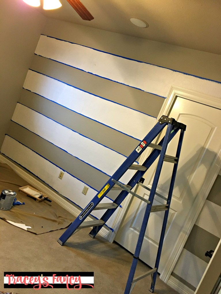 How to Paint a Buffalo Check Wall | Tracey's Fancy