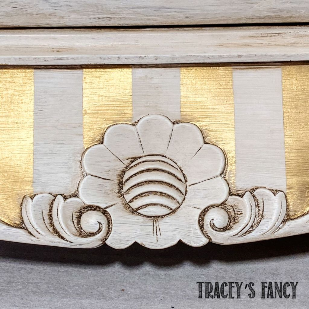 Painting Stripes with Decor Wax | Tracey's Fancy