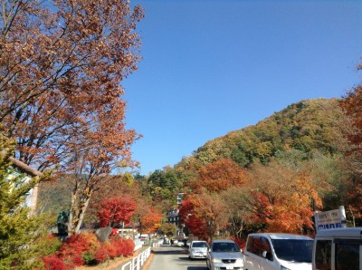 ทางเดินไปทะเลสาป Kawaguchiko