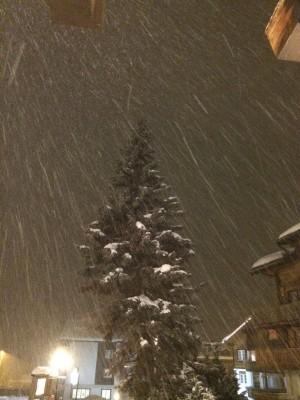 Bargsunnu Hotel, Snowing