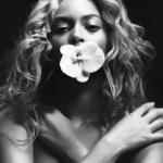 Beyoncé anuncia turnê mundial após apresentação no Super Bowl