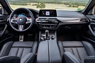 BMW (F90) M5 Competition - 016
