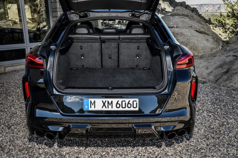 BMW X6M and BMW X6 M Competition Interior