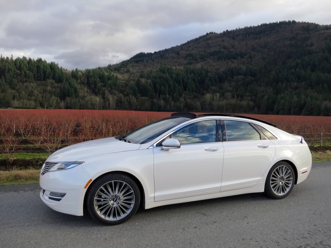 2014 Lincoln MKZ Hybrid sideview
