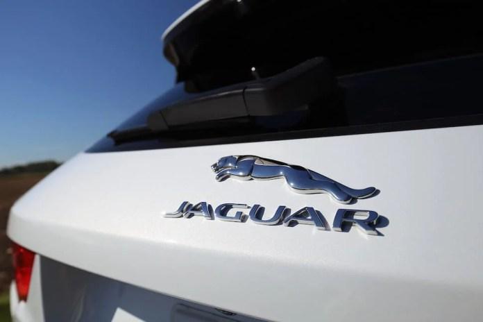 2017 Jaguar F-Pace R-Sport review -9