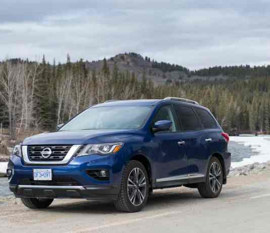2017 nissan pathfinder platinum review (1 of 15)