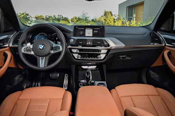 2018 BMW X3 dash