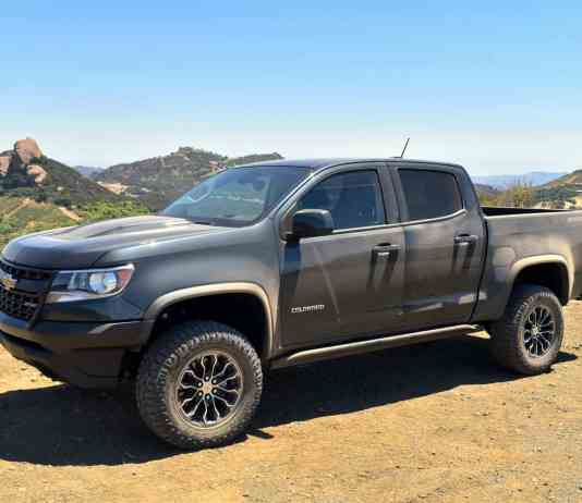 2017 Chevrolet Colorado ZR2 Review 2