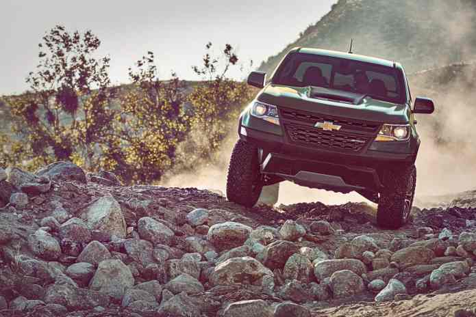 2017 chevrolet colorado zr2 front