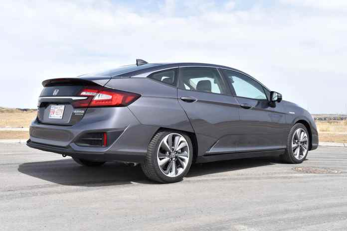 2018 Honda Clarity Plug-In Hybrid touring rear