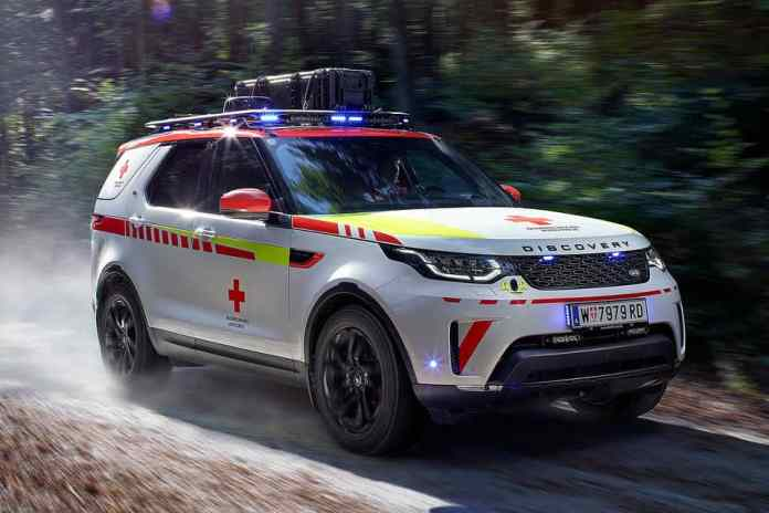 LAND ROVER X RED CROSS DISCOVERY EMERGENCY RESPONSE VEHICLE 2