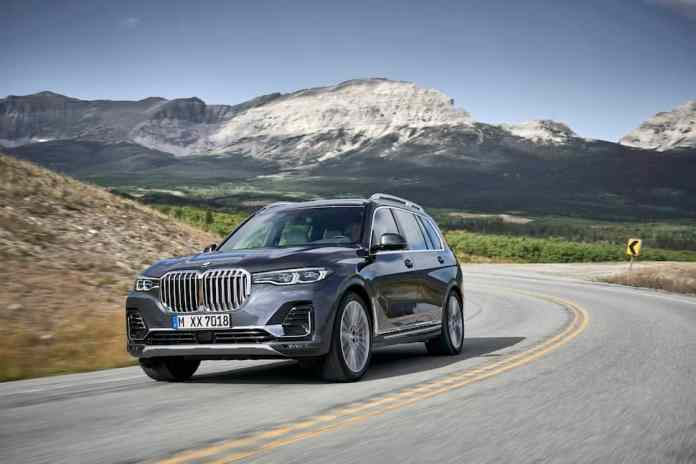 2019 bmw x7 front rolling