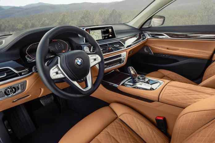 2020 BMW 7 Series interior