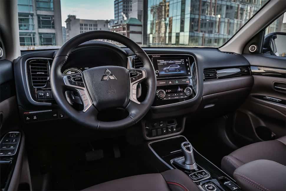 Mitsubishi Outlander PHEV interior