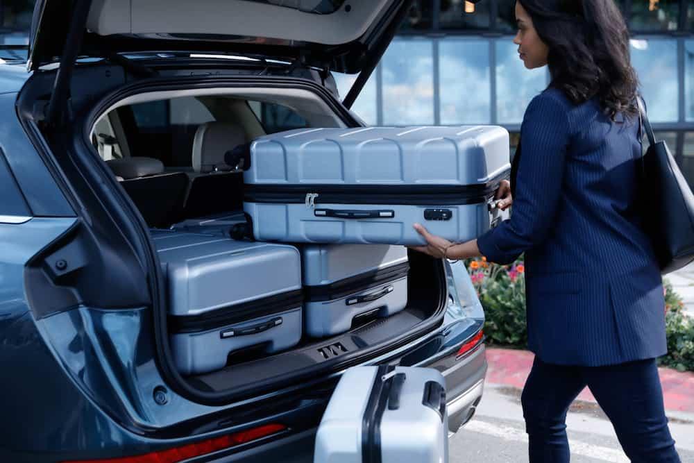 2020 Lincoln Corsair mid-size suv 17