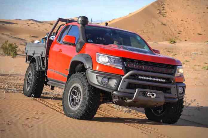 2019 Colorado ZR2 Bison Tray Bed Concept front view in the desert