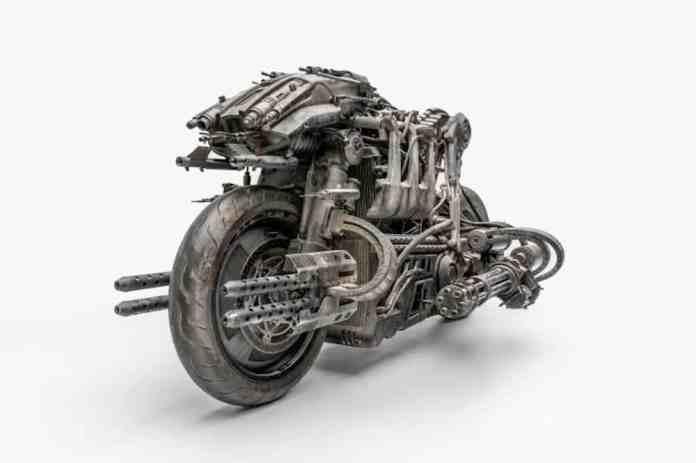 Moto-Terminator-Ducati-1100-s front view