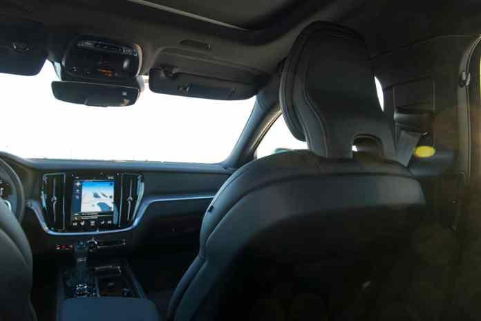 2020 volvo v60 cc t5 interior