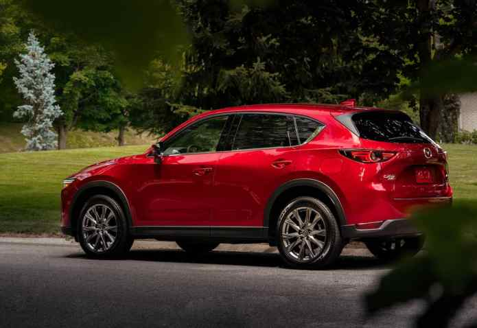 2019 Mazda CX-5 Diesel SUV Review sideview
