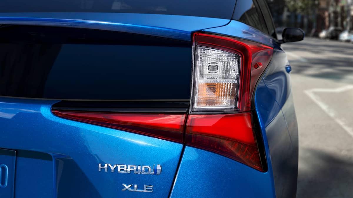 2020 Toyota Prius XLE AWD hatchback tail light