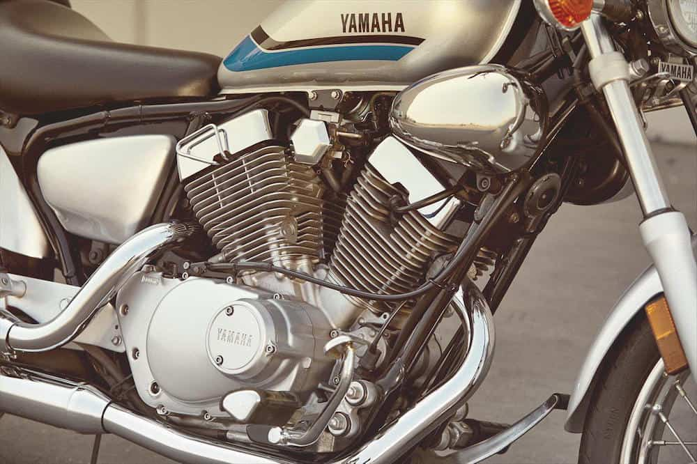 2020-yamaha-V-Star-engine