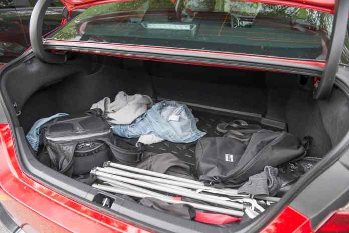 2020 toyota camry trd trunk