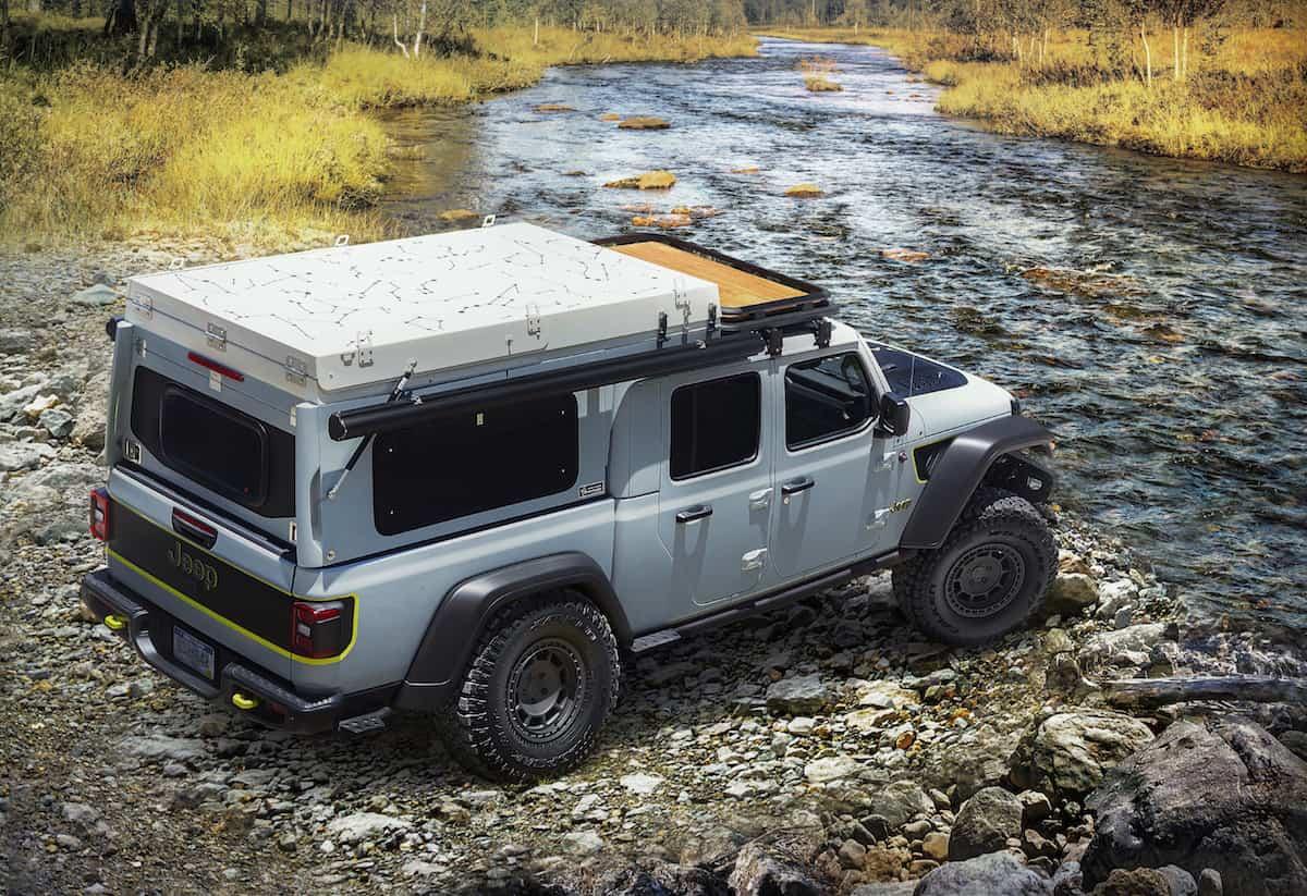 "Diesel-powered Jeep Gladiator Overlander ""Farout"" Concept rear"