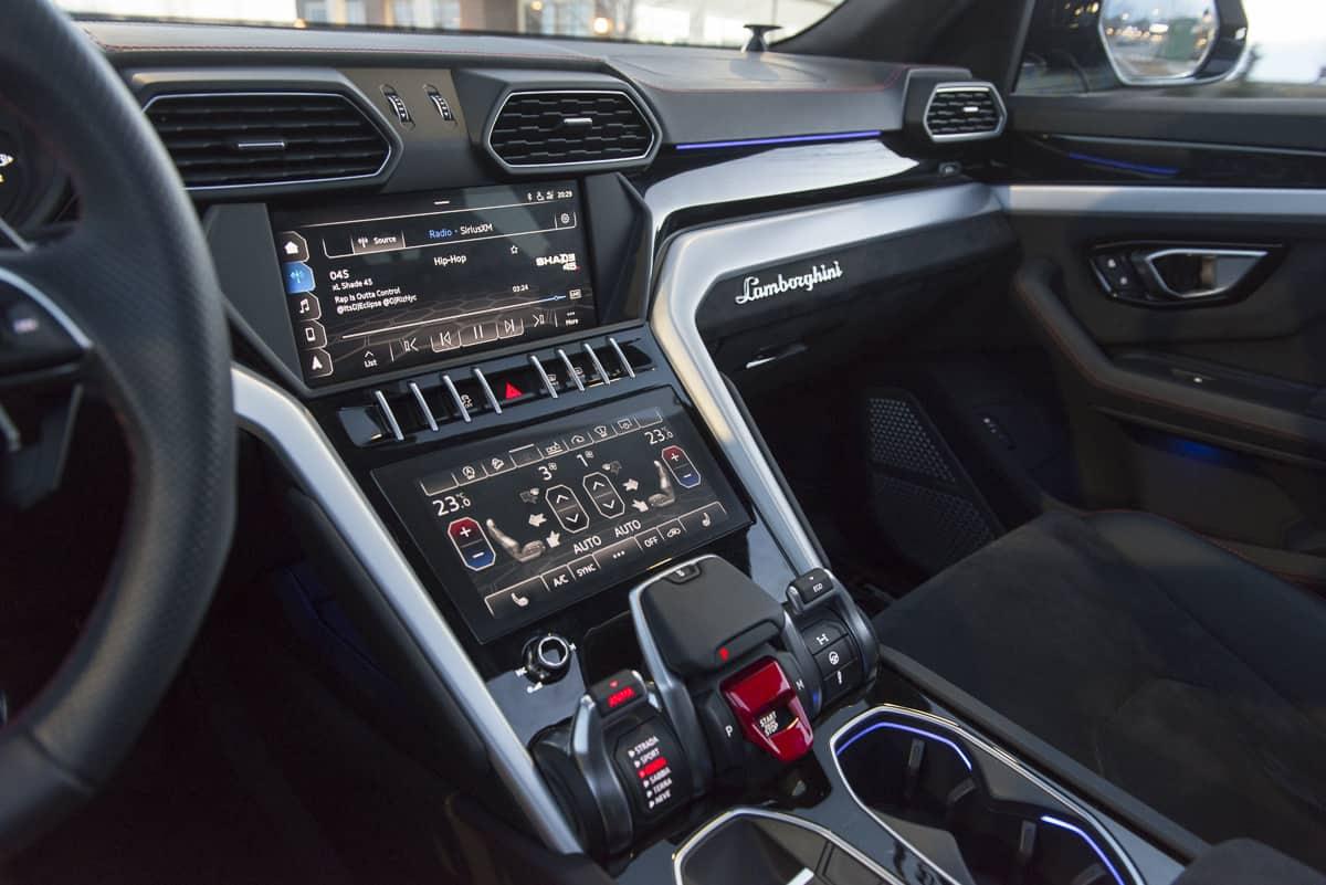 Lamborghini Suv Interior Review Inside The 650 Hp Suv Tractionlife