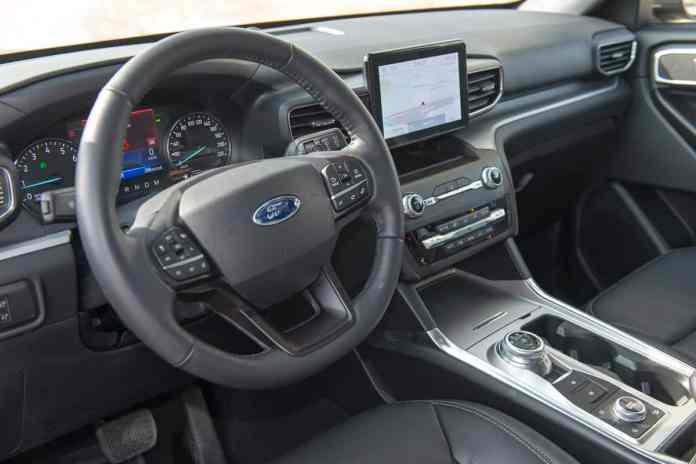 2020 Ford Explorer XLT interior