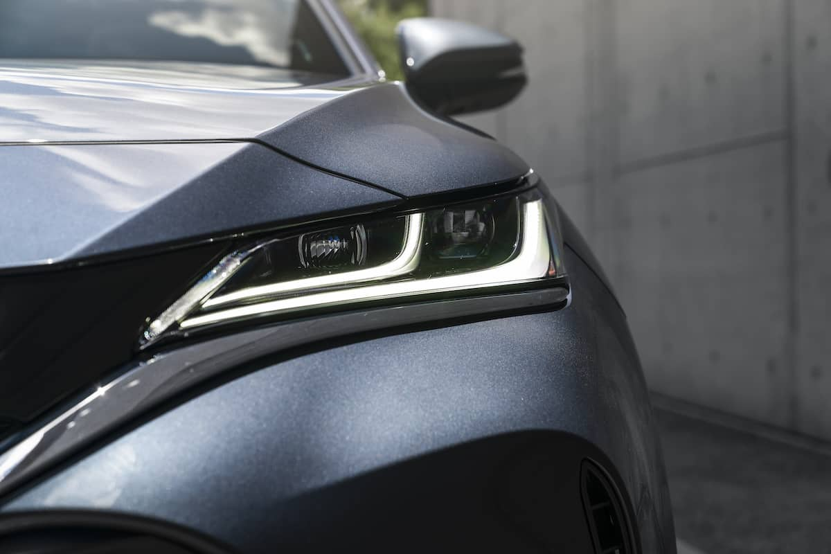 2021 Toyota Venza headlight up close