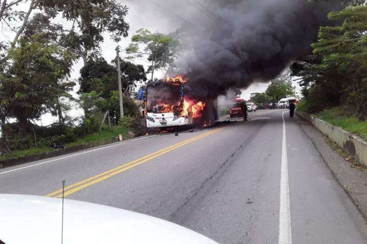 incendio bus copetran