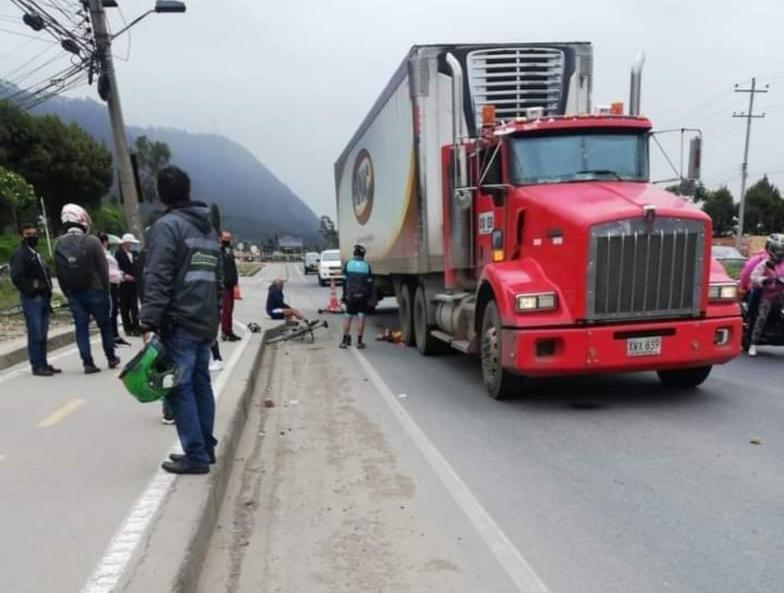 Accidente Tractomula Ciclista