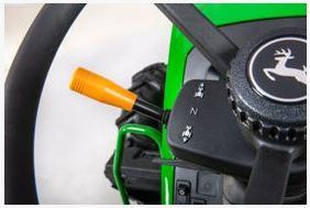 John Deere 5055E steering