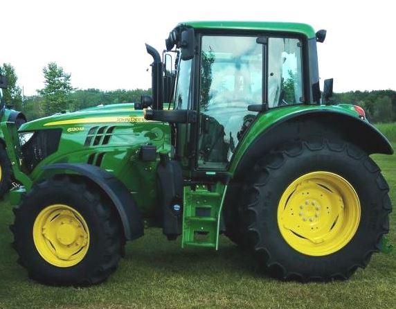 John Deere 2035 Tractor