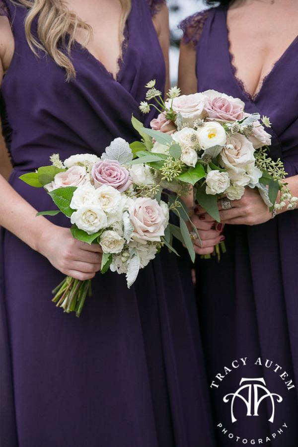 laura-and-david-wedding-details-classic-oaks-venue-wedding-reception-ideas-purple-tcu-flowers-justines-love-sign-rustic-tracy-autem-photography-0017