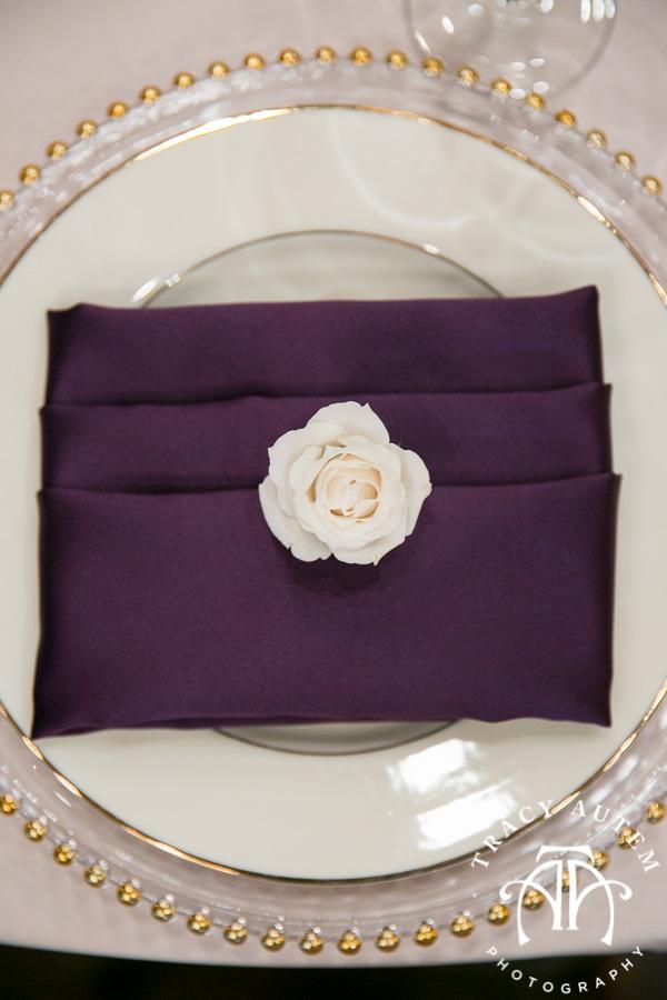 laura-and-david-wedding-details-classic-oaks-venue-wedding-reception-ideas-purple-tcu-flowers-justines-love-sign-rustic-tracy-autem-photography-0038