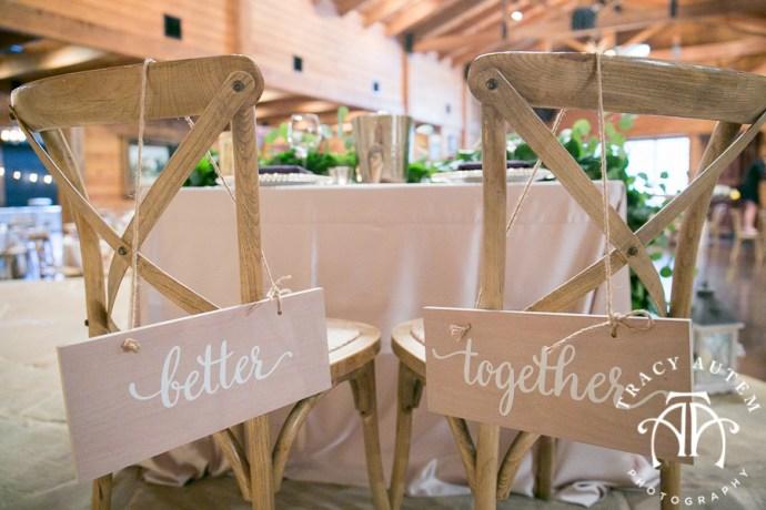 laura-and-david-wedding-details-classic-oaks-venue-wedding-reception-ideas-purple-tcu-flowers-justines-love-sign-rustic-tracy-autem-photography-0041