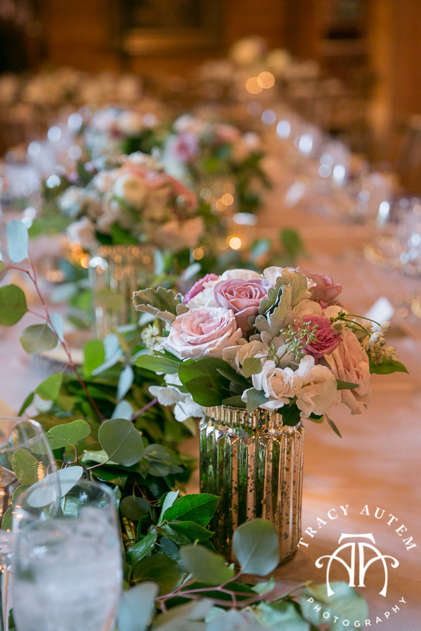 laura-and-david-wedding-details-classic-oaks-venue-wedding-reception-ideas-purple-tcu-flowers-justines-love-sign-rustic-tracy-autem-photography-0049