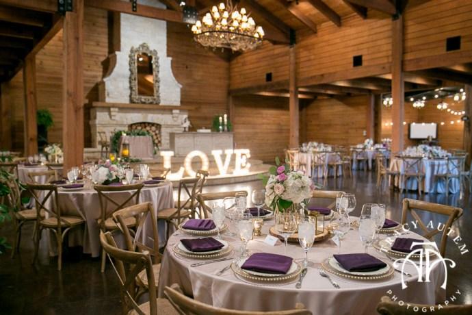 laura-and-david-wedding-details-classic-oaks-venue-wedding-reception-ideas-purple-tcu-flowers-justines-love-sign-rustic-tracy-autem-photography-0051