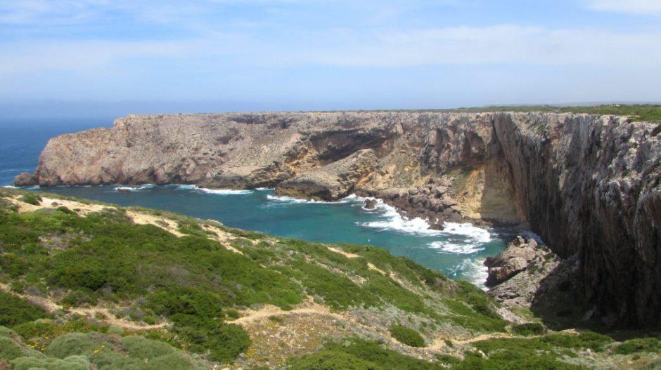 The rugged coastline around Cabo