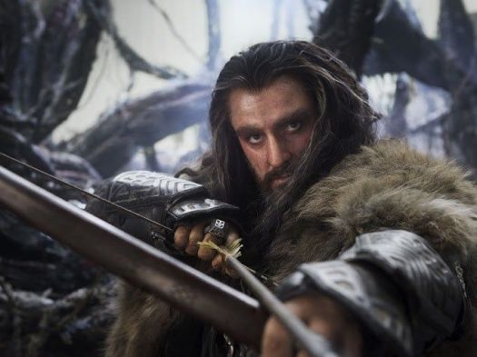 The-Hobbit-Thorin-Oakenshield-With-Bow