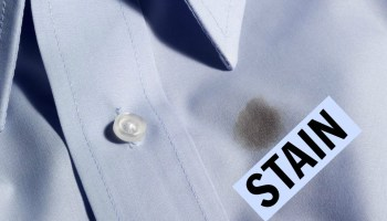 TIP 8 How To Quickly Remove Coffee Stains On Your Clothes
